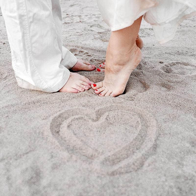 картинки сердце на песке больше стаж